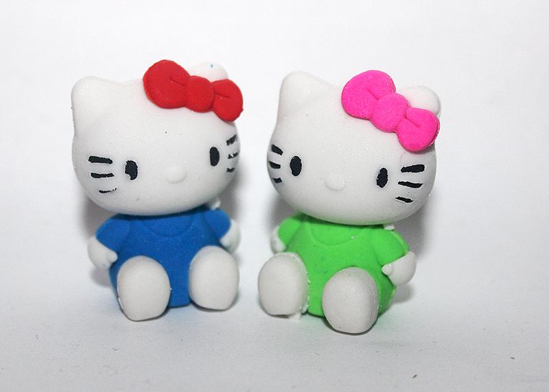 színes cicás radír, macskás ajándék